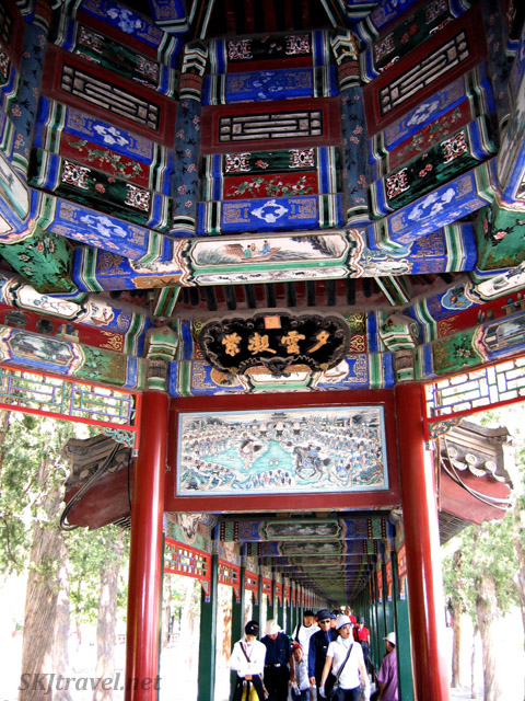 Mostly the corridor was quite crowded ... had to wait patiently for that last shot! Summer Palace, China.