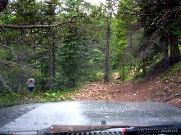 The road dead-ended here; we had to turn around in tight quarters to go back. Gamble Gulch 4x4 route, Rollinsville, Colorado.