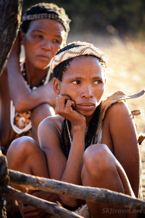 San women at the Ju/'Hoansi-San Living Museum near Grashoek, Namibia.