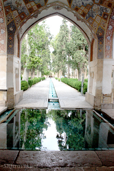 Reflecting pool in the Fin garden complex. Kashan, Iran.