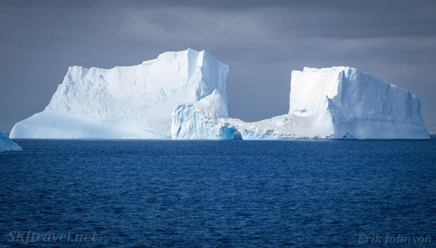 Tabular icebergs in the Southern Ocean, Antarctica.